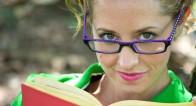 メガネをかけると「エロい」が「知的そう」とは言われない女子