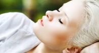 「鼻パック」は実は危険!?イチゴ鼻の原因をオロナインで解消!