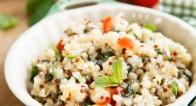 スラッとしたフランス美女の主食サラダ「タブレ」の簡単レシピって?