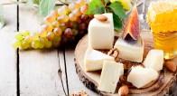 チーズで太るはウソ!女性にうれしい美肌効果アップの食べ方とは