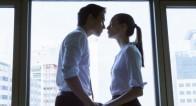 社内恋愛を成功させる秘訣!社内恋愛から結婚したカップルの声