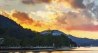【神の島】聖地・女神が住まう「厳島神社」にココロとカラダを祓い清める旅を。