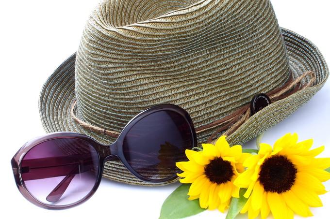 飲む日焼け止め 帽子 日傘 サングラス