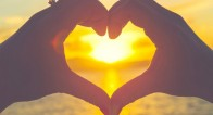 「やばすぎる…」疑似恋愛は女を磨く!ドキドキが止まらない恋愛作品6選