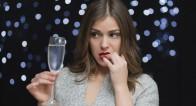 「禁酒したのになんで!?」なぜか太る…!飲まない女性がブクブク太るワケって?