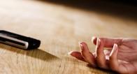 【ソロは知らなきゃヤバい!】家で倒れたとき、緊急通報はどうするの?