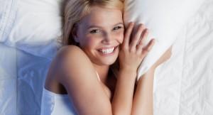 呼吸法で老化をストップ!? 今日からすべき睡眠前の美容習慣とは?