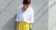 こんなに新鮮!定番「白シャツ」初夏の着まわしアイディア
