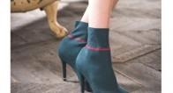 靴下とパンプスが合体!?新トレンド「ソックス風ブーツ」で美脚になる♡