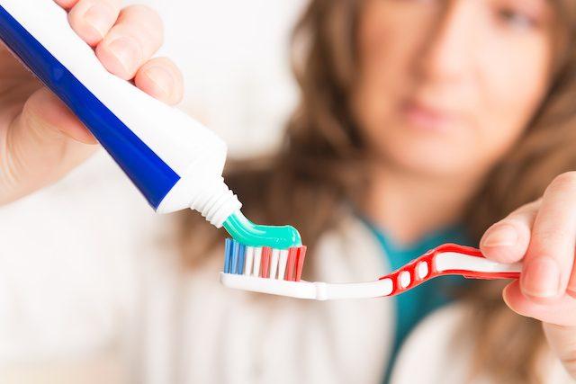 危険 ホワイトニング歯磨き粉