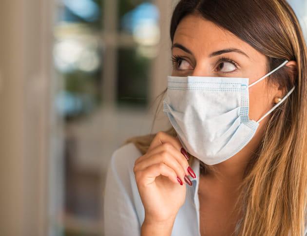 マスクが蒸れて熱い!夏のマスク生活を快適にする4つの小ワザとは?