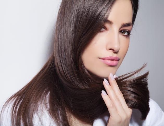 「老け髪」悩みに朗報!髪の老化予防の最新研究とWEB会議対策